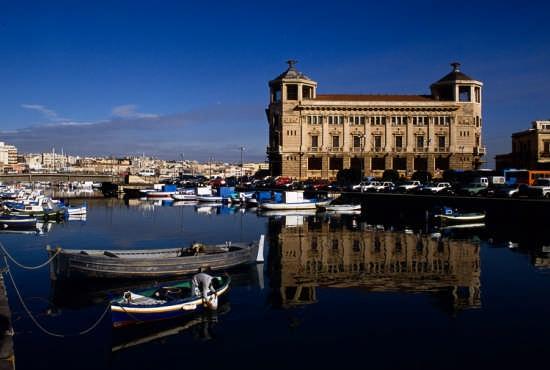 Cultura e religione nella sicilia barocca for Hotel siracusa 3 stelle